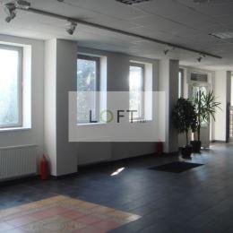 Ponúkame na prenájom nebytový priestor vo výmere 120 m2.Vybavenie sociálne zariadenie, kuchynka. Vhodné na kancelárie , príručný sklad, showroom, ...
