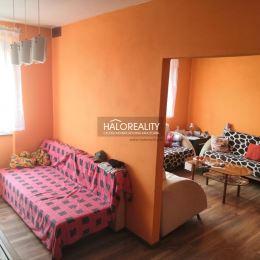 Ponúkame na predaj dvojizbový byt v osobnom vlastníctve s podlahovou plochou 65m². Byt pozostáva z vstupnej chodby, kuchyne, kúpeľne s wc, obývacej ...