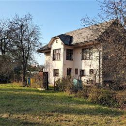 M2Ponúkame na predaj starší dom na rekonštrukciu s pozemok o rozlohe 1490 m2 v obci Bretejovce. Prístup po asfaltovej ceste. Na pozemku je elektrina, ...