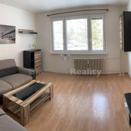 Ponúkame vám exkluzívne do prenájmu trojizbový byt . Nachádza sa na 1/13 poschodí v obytnom dome v pokojnej lokalite na sídlisku KVP v Košiciach.Byt ...