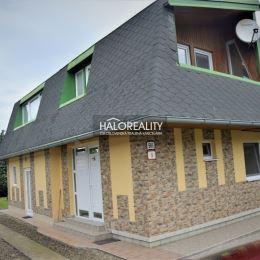 Exkluzívne v HALO reality ponúkame na predaj 4 izbový, prízemný rodinný dom s obytným podkrovím v meste Veľký Šariš, len 4 km od centra mesta Prešov. ...