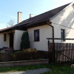 EXKLUZÍVNE na predaj slnečný rodinný dom v Prešove, na pozemku o rozlohe 736 m2. Výhodou je jeho dispozícia, a dostupnosť. Dom sa nachádza v pokojnej ...