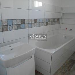 Ponúkame Vám na predaj novostavbu rodinného domu v Galante, Mládežnícka štvrť. Tehlový, zateplený rodinný dom sa nachádza na pozemku o rozlohe 450m². ...