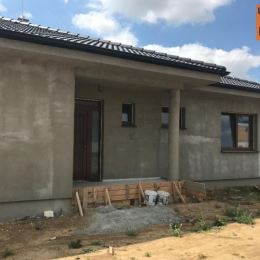 TUreality Vám ponúkajú na predaj novostavbu 4 izbového rodinného domu v novovybudovanej lokalite v NITRE časť Kynek. VÝHODY NEHNUTEĽNOSTI+ novostavba ...