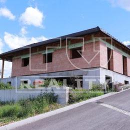 Tureality ponúka na predaj priestrannú novostavbu dvojpodlažného rodinného domu v Považskej Bystrici - Horný Moštenec. Dom sa nachádza v novej ...