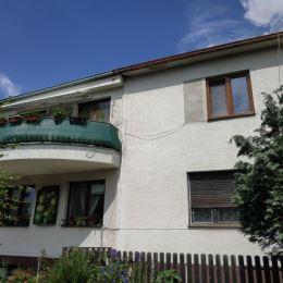 Na predaj apartmánový dom s pozemkom 824m2 v Senci, blízko centra mesta. Rodinný dom je vhodný ako viacgeneračný, dá sa využiť na podnikanie a rôzne ...