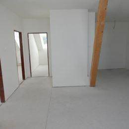 Exluzívne nadštandartne riešený veľkometrážny 134m2 4 izbový byt v centre mesta Nitry. Dispozícia bytu: vstupná chodba, kúpelňa technickou ...