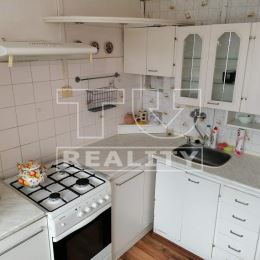 Na predaj slnečný byt 2+1 s loggiou v centre mesta Krompách o celkovej rozlohe 60 m2. Orientácia bytu V/S, nachádza sa na 2/8 poschodí.Dispozične ...