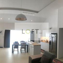 Ponúkame Vám na predaj 5 izbový RD typ Bungalov , pozemok 600 m2, kolaudácia 2018 rezidencia Senec Gardens. Samostatne stojaci RD obdĺžnikového tvaru ...