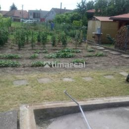 Ponúkame na predaj stavebný pozemok v centre obce Dolné Orešany. Pozemok 545 m2 o šírke 8,5 m Vám dáva možnosť postaviť si chalúpku podľa svojich ...